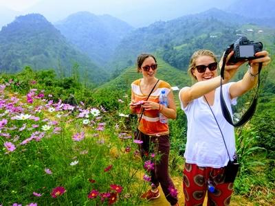 Vietnam volunteers enjoy their free time in Sapa