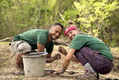 Volunteers plant native trees in Costa Rica