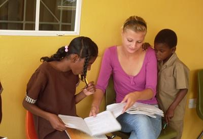 Volunteer as a Social Worker with Children in Jamaica