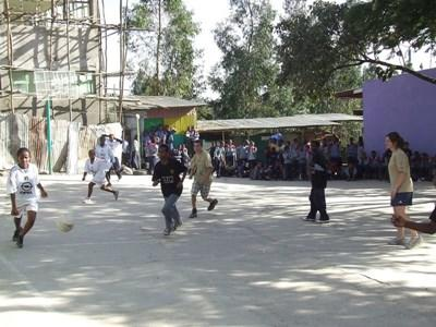 Volunteer Coaching sports in Ethiopia